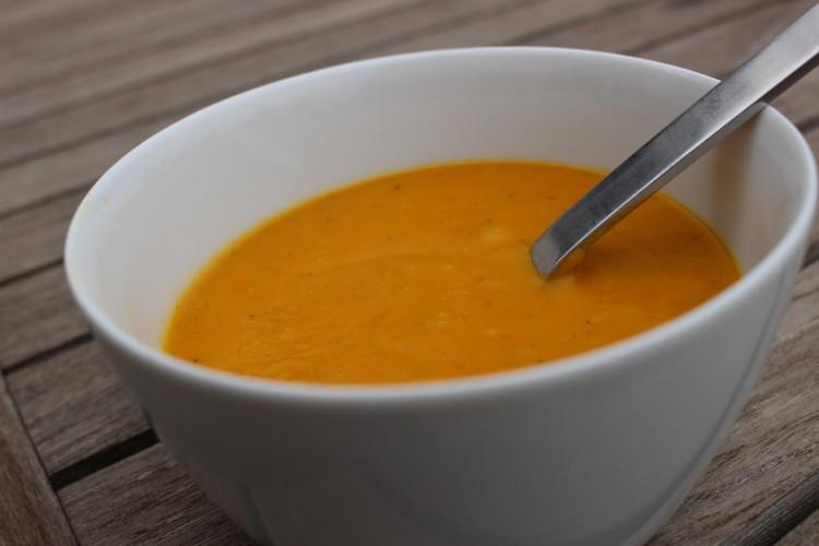 Möhren-Mango Suppe – sanft und fruchtig