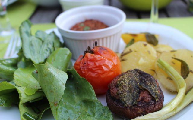 Gefüllte Champignons & gebackene Kräuter-Tomaten