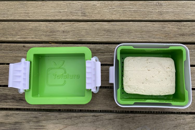 Macht Tofuture den Tofu besser? Test Tofu-Presse