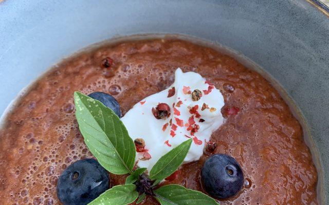 Fruchtige kühle Gazpacho – ein Sommerhit