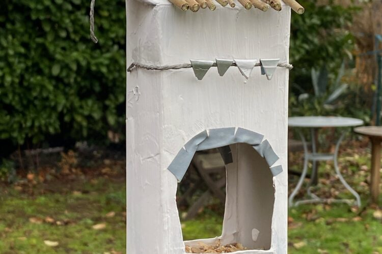 Vogelfutter Station aus Tetrapack #DIY #UPCYCLING